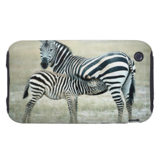 24114480 TOUGH iPhone 3 COVER