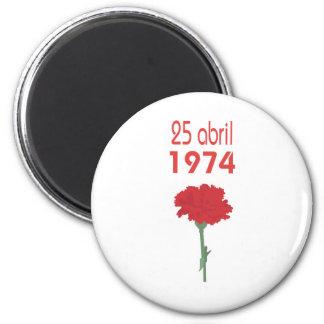 25 Abril 2 Inch Round Magnet