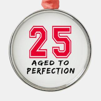 25 envejeció al diseño del cumpleaños de la perfec adorno