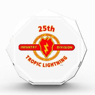 "25TH INFANTRY  DIVISION  ""TROPIC LIGHTNING"" ACRYLIC AWARD"