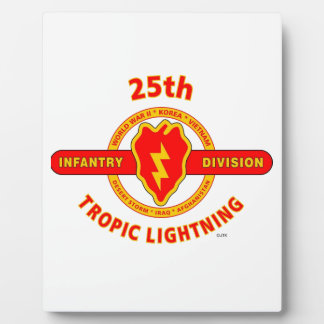 """25TH INFANTRY  DIVISION  """"TROPIC LIGHTNING"""" DISPLAY PLAQUE"""