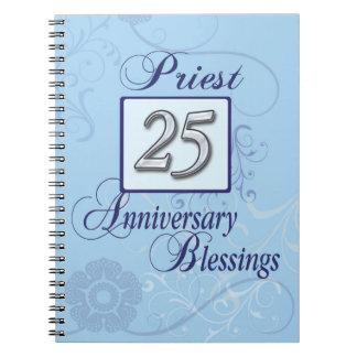 25to Número de plata del aniversario en azul Spiral Notebook