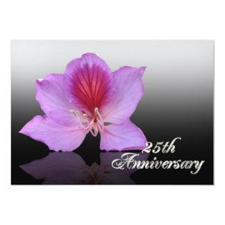 25to Orquídea de la invitación del aniversario en
