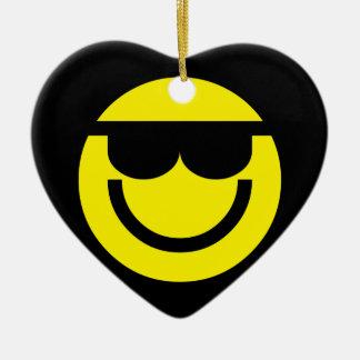 2699-Royalty-Free-Emoticon-With-Sunglasses Adorno Navideño De Cerámica En Forma De Corazón