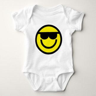 2699-Royalty-Free-Emoticon-With-Sunglasses Playera