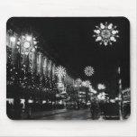 26 de noviembre de 1960: Luces de navidad de la ci Alfombrilla De Ratón