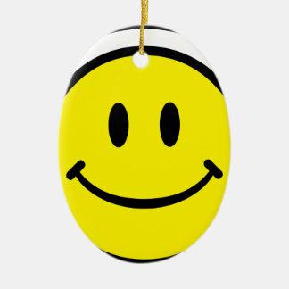2700-Royalty-Free-Emoticon-With-Headphones EMOTICO Adorno Ovalado De Cerámica