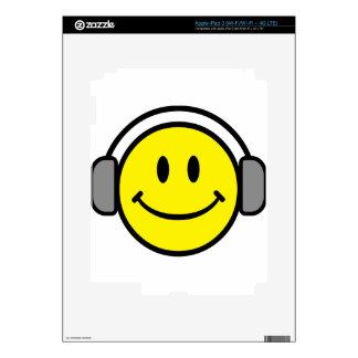 2700-Royalty-Free-Emoticon-With-Headphones EMOTICO Skin For iPad 3