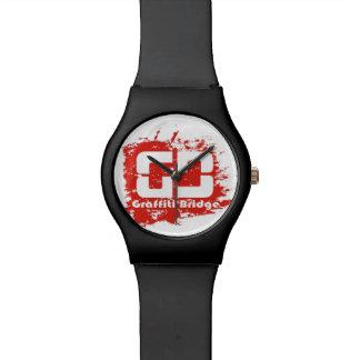 28 de mayo rojo del reloj del puente de la pintada