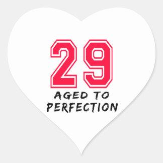 29 envejeció al diseño del cumpleaños de la colcomanias de corazon personalizadas