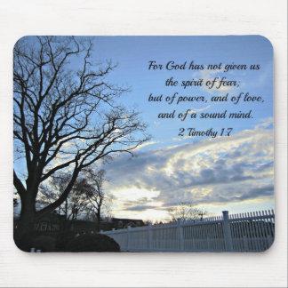 2 1:7 de Timothy para dios no nos han dado el alco Tapetes De Ratón