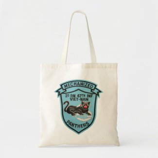 2/47th Inf Vintage Panther Patch Tote Tote Bag