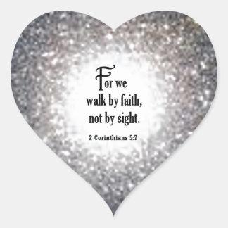 2 5:7 de los Corinthians Pegatina En Forma De Corazón