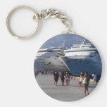 2 amazing ships keychains
