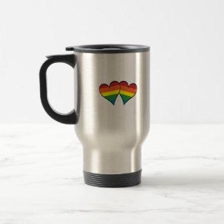2 corazones del arco iris taza de café