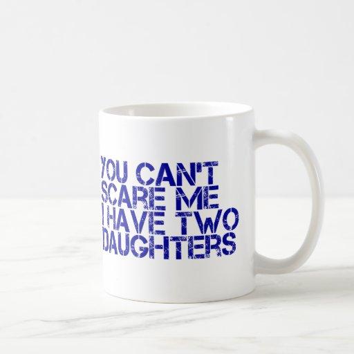 2 daughters-capture-it.png tazas de café