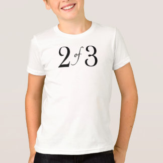 2 de 3 (niño medio) remeras