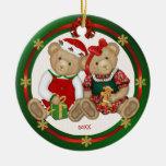 2 echado a un lado - feliz ornamento del oso de adorno navideño redondo de cerámica