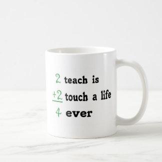 2 enseñan es el tacto 2 a la vida 4 nunca taza clásica