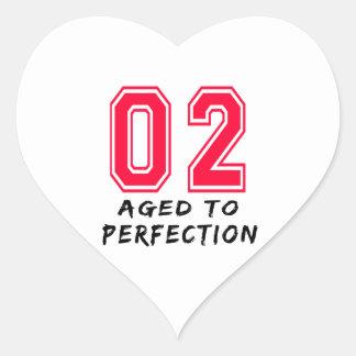 2 envejeció al diseño del cumpleaños de la calcomanías corazones personalizadas