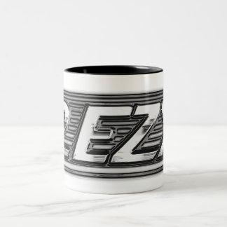 """2 EZY"" men's clear chrome effect mug"