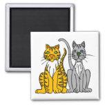 2 gatos callejeros divertidos del dibujo animado c imán de frigorifico