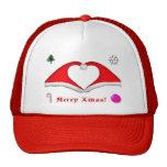 2 gorras de Navidad forman un corazón y otras deco