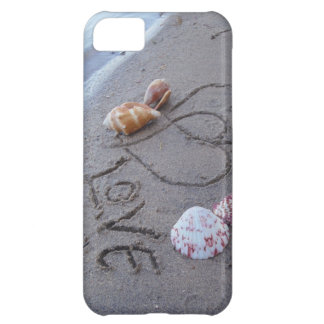 2 Hearts  in the sand with shells with Love iPhone 5C Cover