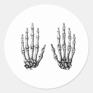 2 manos suben blanco pegatina redonda