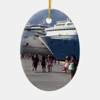 2 naves que sorprenden adorno navideño ovalado de cerámica