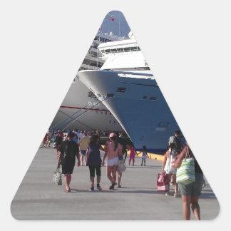 2 naves que sorprenden pegatina triangular