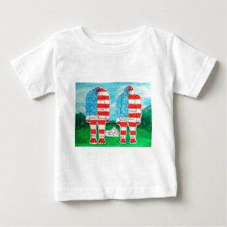 2 painted flag big foots H & A T-shirt