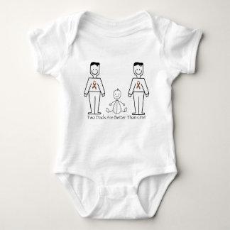 2 papás son mejores de uno mameluco de bebé