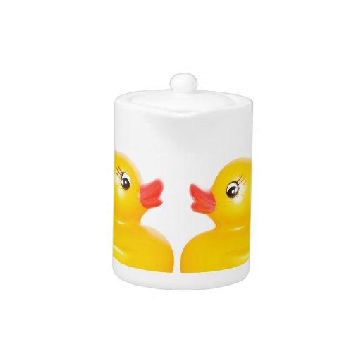 2 rubber ducks in love