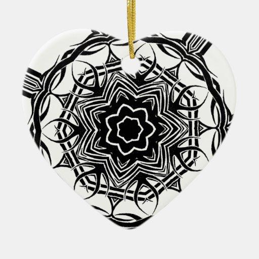 2 tribales al azar adorno navideño de cerámica en forma de corazón