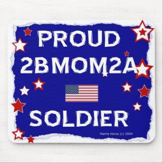 2BMOM2A soldado orgulloso - Mousepad