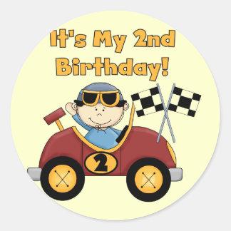 2das camisetas y regalos del cumpleaños del coche pegatina redonda