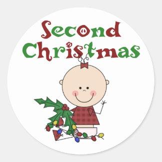 2das camisetas y regalos del navidad del chica etiquetas redondas