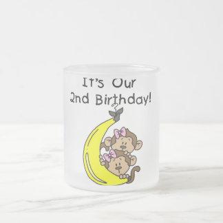 2do cumpleaños de los chicas de los monos gemelos taza de café