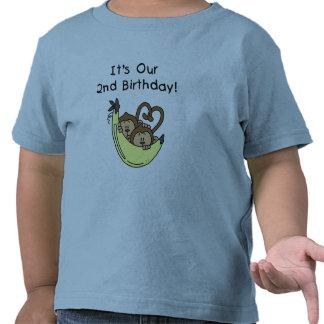 2do cumpleaños de los muchachos del mono gemelo camisetas