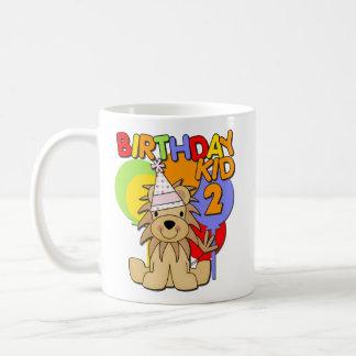 2do cumpleaños del león taza básica blanca
