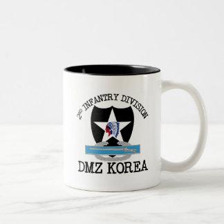 2nd ID Korea DMZ Vet with CIB Mugs
