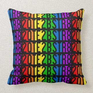 2QTE2BSTR8 throw pillows