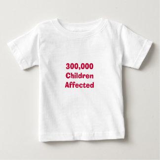 300.000 niños afectados t shirts