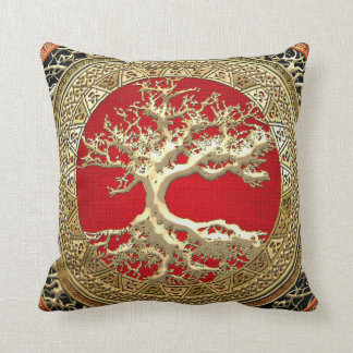 [300] Treasure Trove: Celtic Tree of Life [Gold] Throw Pillow