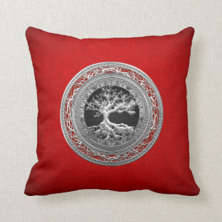[300] Treasure Trove: Celtic Tree of Life [Silver] Throw Pillow