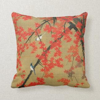 30. 紅葉小禽図, 若冲 Maple & Small Birds, Jakuchū Throw Pillow