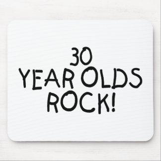 30 años de la roca tapete de ratón