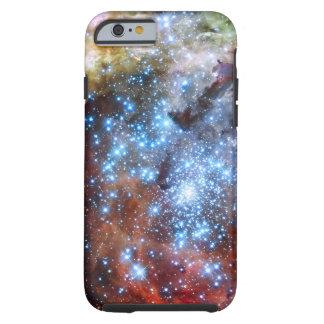 30 cúmulos de estrellas de la nebulosa de Doradus Funda Resistente iPhone 6