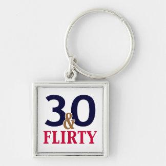 30 y trigésimos favores coquetos del cumpleaños llavero cuadrado plateado